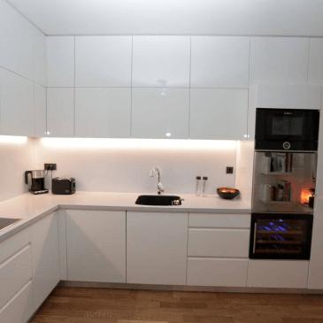 Kuhinje po meri – primeri izdelav v modernem in klasičnem stilu