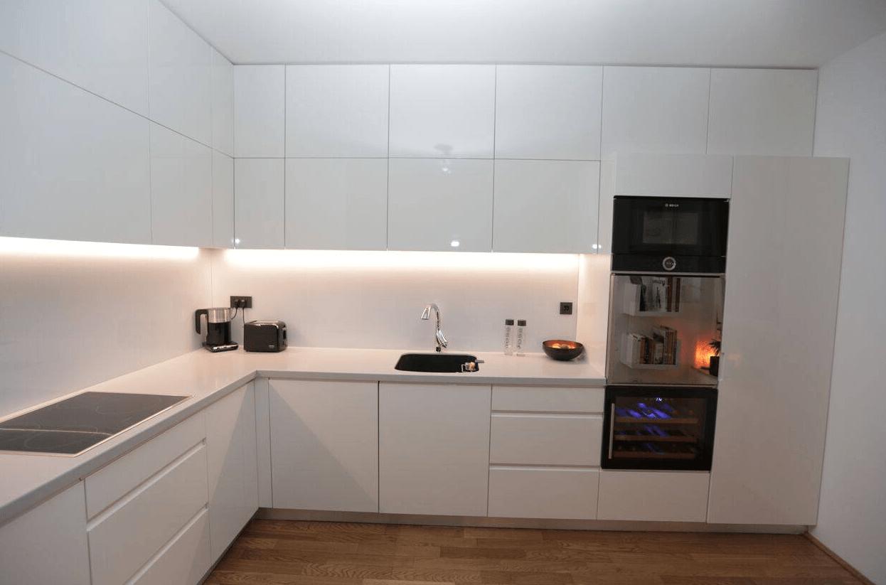 kuhinje po meri vrhunska izdelava kuhinj po naro ilu. Black Bedroom Furniture Sets. Home Design Ideas