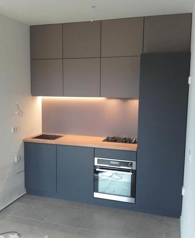manjša moderna kuhinja po meri