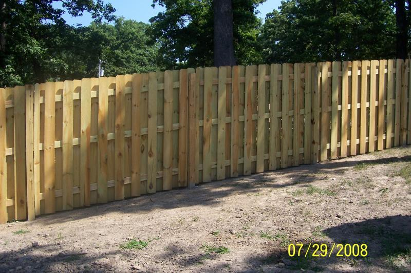 preproste lesene ograje
