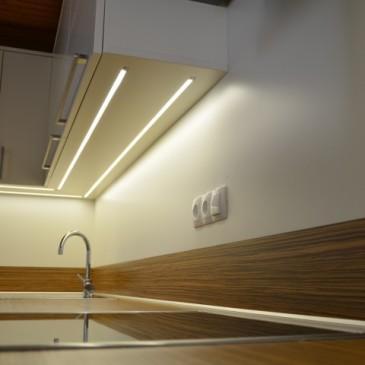 Ideje in predlogi za osvetlitev kuhinje z led svetili