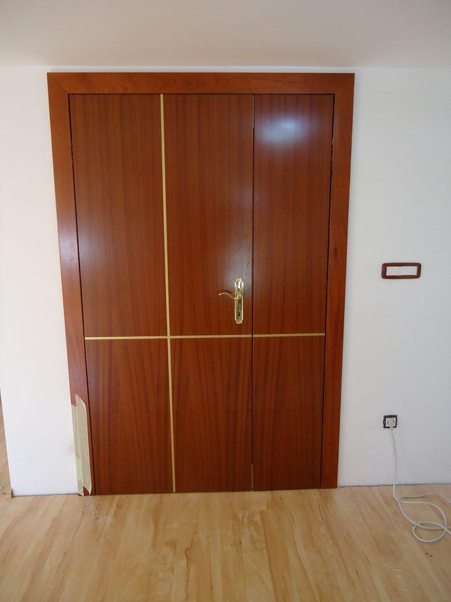 izdelava lesenih notranjih vrat za poslovne prostore