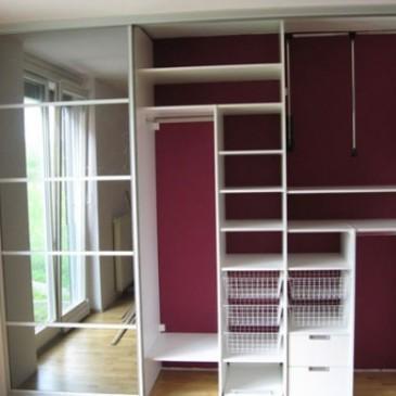 Najbolj standardne ureditve notranjosti vgradnih omar