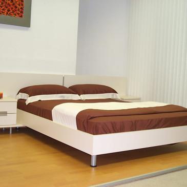 Primeri po meri izdelanih posteljnih okvirjev