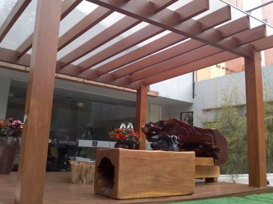 leseni nadstreški za teraso in avto