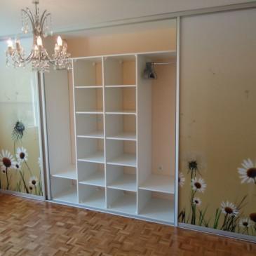 Praktični primeri postavitev vgradnih omar