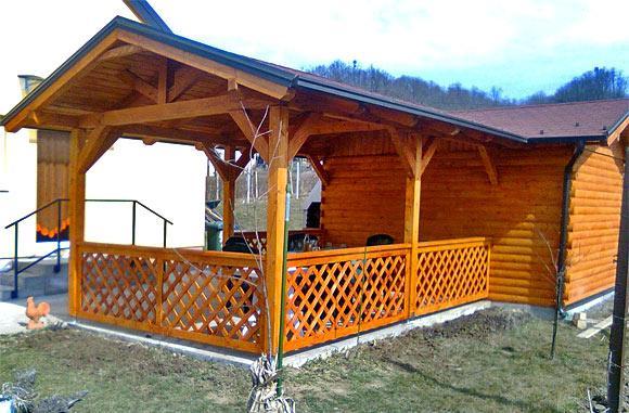 vrtna hiska lesena