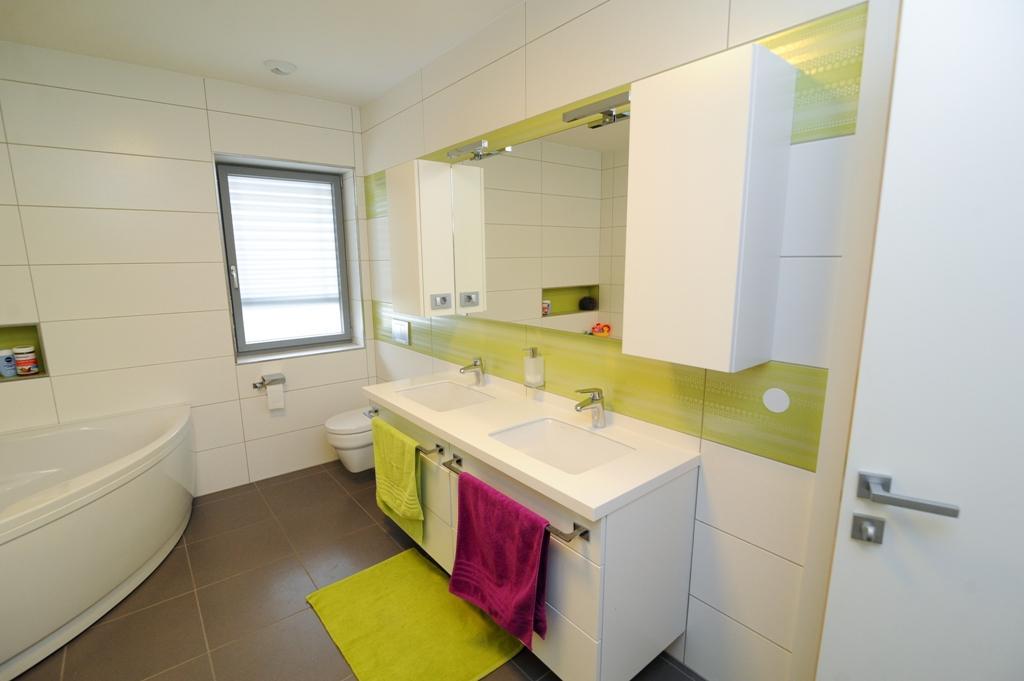 ugodno kopalniško pohištvo po meri