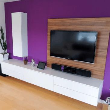 Še en primer opremljanja dnevne sobe v modernem stilu