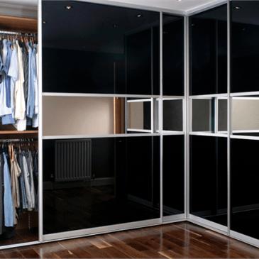 Kako z vgradnimi omarami maksimalno izkoristiti kotni prostor