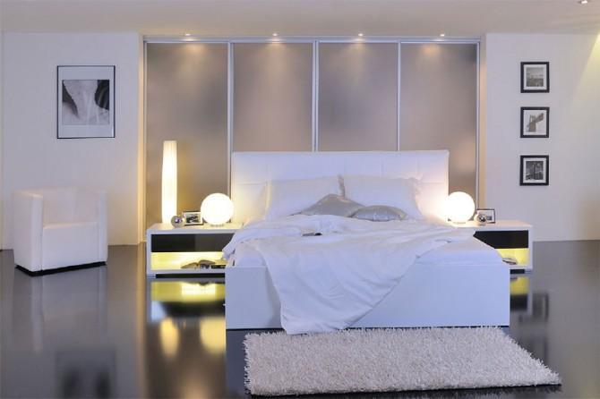 postelja in vgradna omara