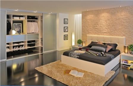 Če potrebujete hiter izračun cene za moderno spalnico po meri