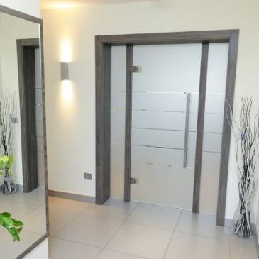 Izberite za svoj hodnik steklena vrata
