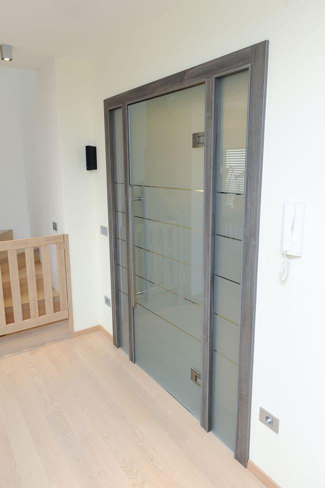 steklena vrata za hodnik
