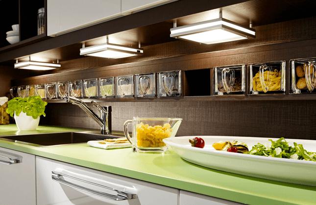 moderna in elegantna kuhinja