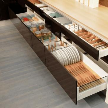 Kako maksimalno izkoristiti prostor v kuhinji
