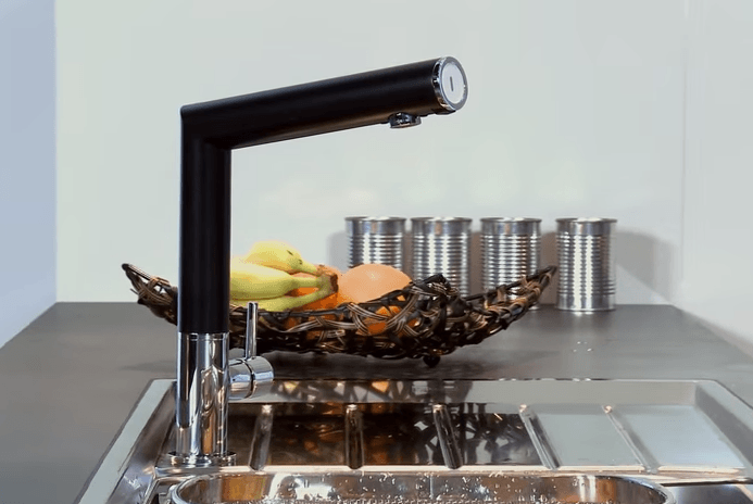 moderna kuhinjska armatura