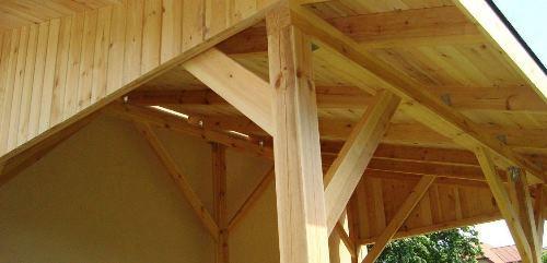 Leseni nadstreški za terase ali avtomobile