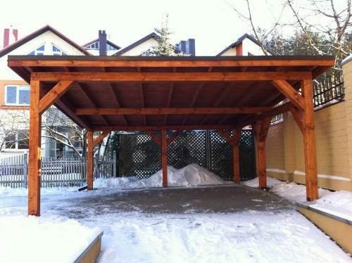 lesena nadstrešnica