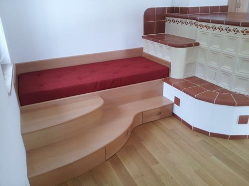 postelje iz masivnega lesa