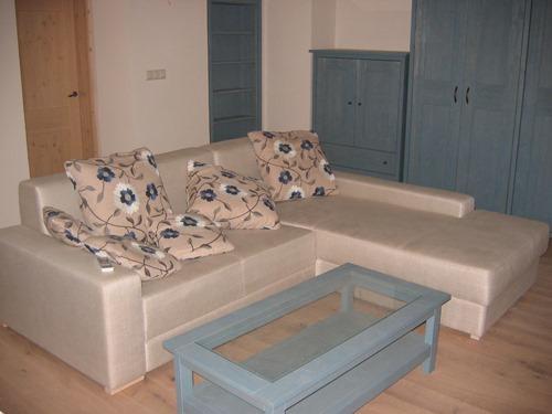 pohištvo iz masivnega lesa