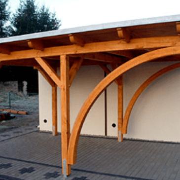 Leseni konzolni nadstreški