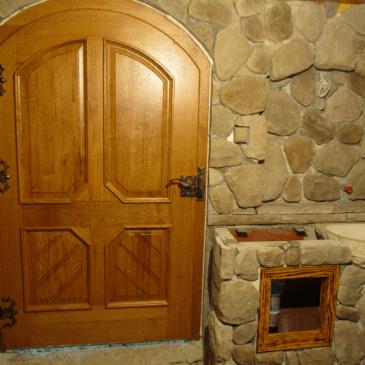 Kletna vrata iz masivnega lesa