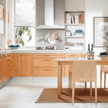 3 primeri kotnih kuhinj