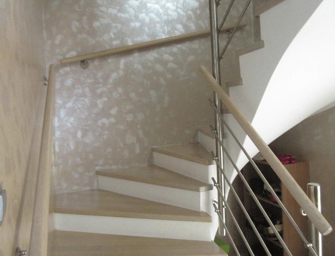 notranje lesene stopnice