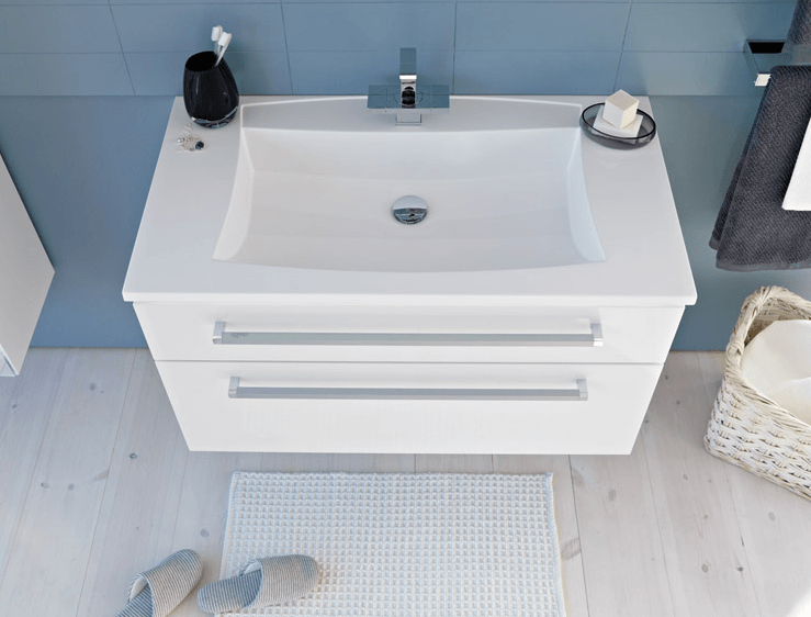 kopalniški regal v belem