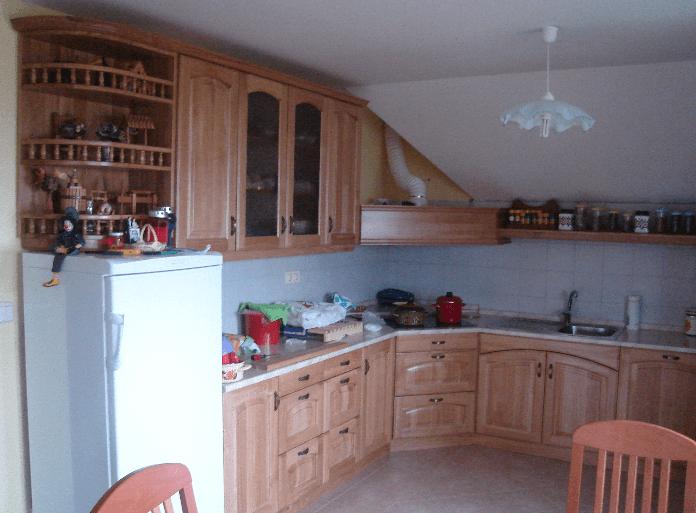 kuhinje masivni les