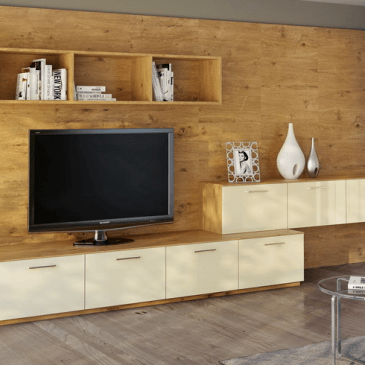 Primeri cenovno dostopnih in ugodnih sestavov za dnevne sobe