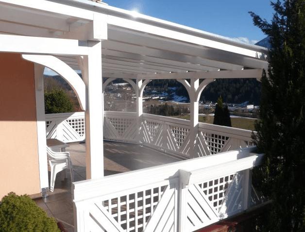 večja pokrita terasa