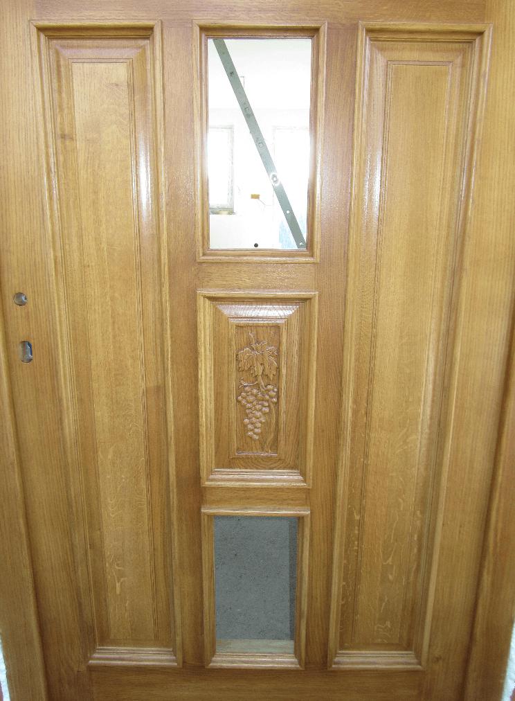 masivna lesena vrata s steklom