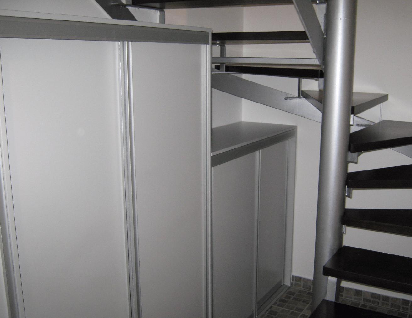 omara predsoba stopnišče