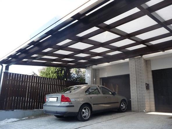 pokrit vhod pred garažnimi vrati