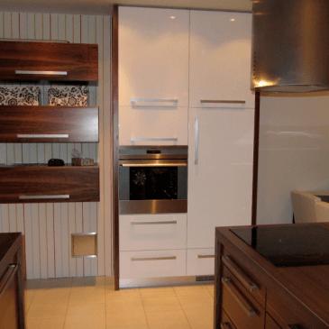 Izdelava kuhinje, jedilnice in dnevne sobe v enem prostoru
