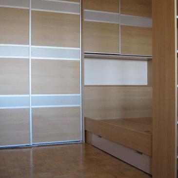 Možnosti izdelave vgradnih omar s posteljami