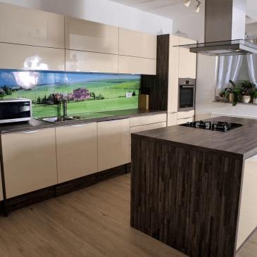 O uporabi stekla v kuhinjah