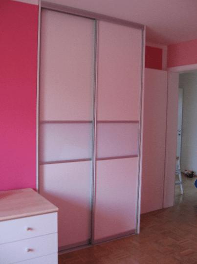 vgradna omara otroška soba celje