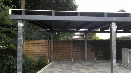 pokrivanje terase s pločevinastno kritino