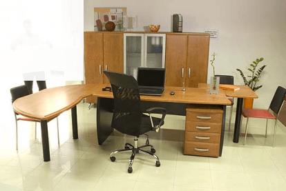 direktorsko pisarniško pohištvo manager