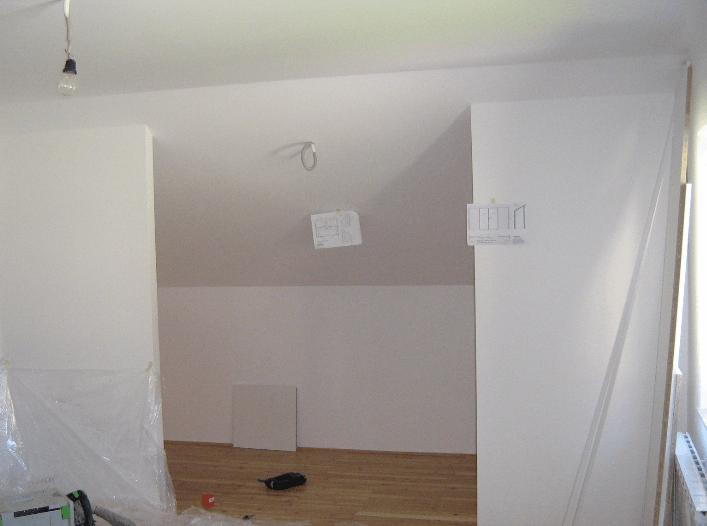 garderobna soba brez vrat