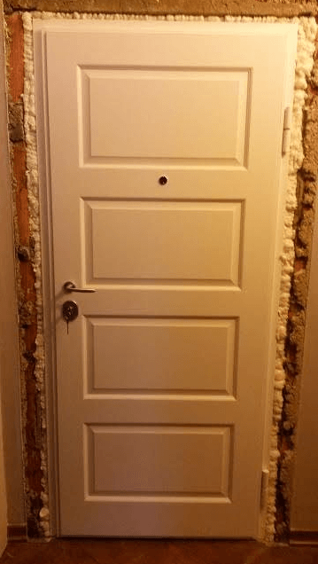 lesena notranja vrata - bela