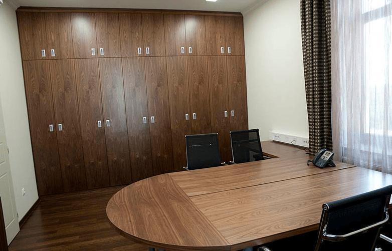 hotelska oprema - pisarna