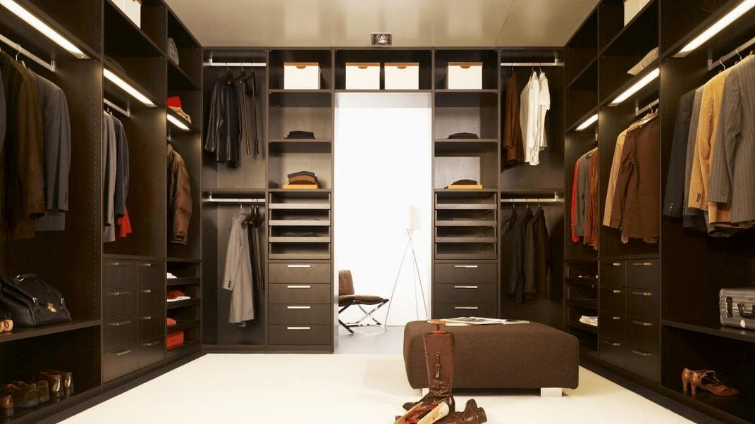 velika garderobna soba