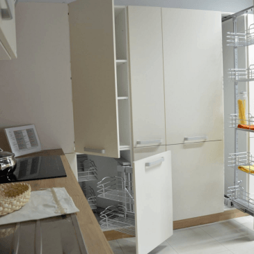 O modernih kuhinjah po naročilu