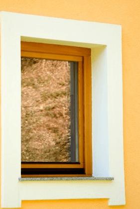 nakup lesenih oken po naročilu