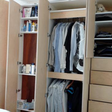 Različni tipi garderobnih omar za spalnice