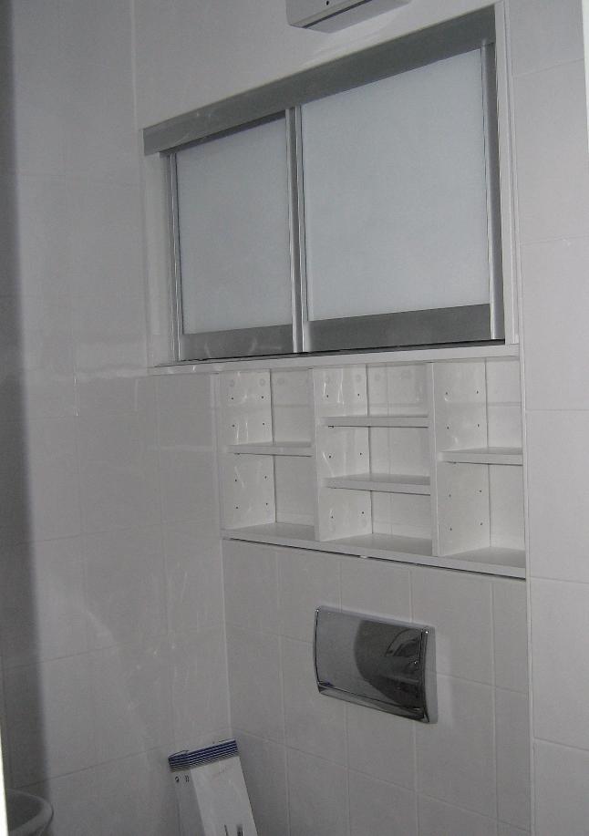 ureditev mansardnega stanovanja kopalnica